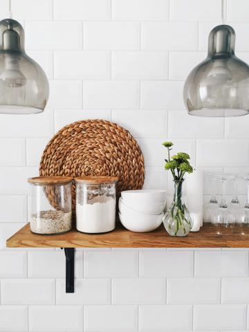 How to clean an apartment kitchen